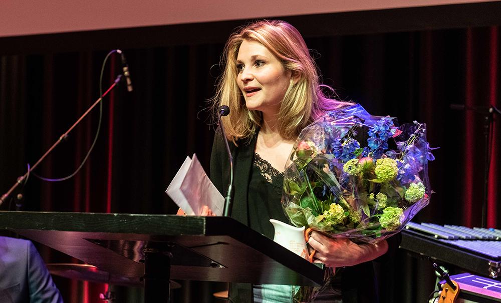 Caroline van Keeken wint met haar erotische verhaal 'Nietzsche' Het Rode Oor 2019